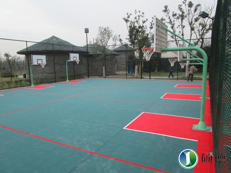 扬州宋夹城体育公园儿童篮球场